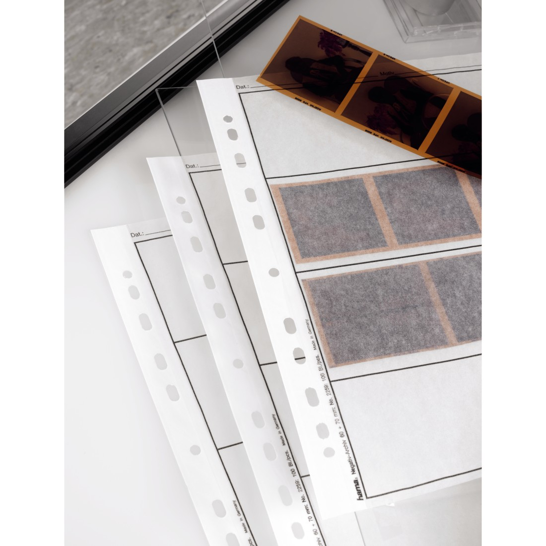 awx High-Res Appliance - Hama, Negative Sleeves, Parchment, 4 Strips of 3 Negatives, 6x7 cm, 100 pcs.